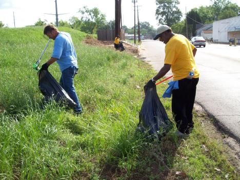 Cleaning up off of Rapides Avenue